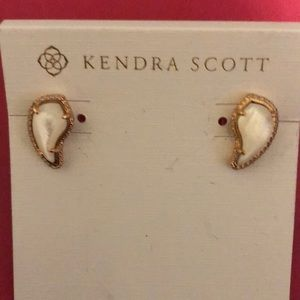 Kendra Scott Temple Earrings NWT
